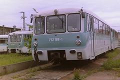 DB 772168-1 (bobbyblack51) Tags: db class 772 dr 172 veb waggonbau gorlitz 2 car diesel units 7721681 1721687 bw stendal 2001