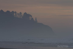 Northhead lighthouse (Eric S Olsen) Tags: northheadlighthouse lighthouse washington washingtonstate pacificnorthwest pacificcoast pacificocean longbeach sunset surf winter dusk evening