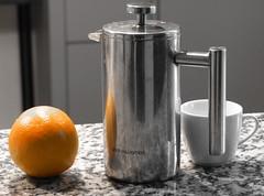 Kleines (karges) Frühstück in grau und orange (thobern1) Tags: frühstück breakfast petitdejeuner kaffee coffee