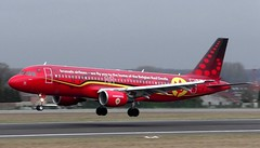 "Brussels Airlines ""Red Devils"" Airbus A320 OO-SNA at 25L, Brussels Airport (CBGSpotter) Tags: neos neosairline"
