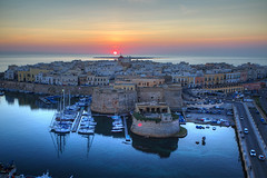 Gallipoli at Dusk (hapulcu) Tags: apulia gallipoli italia italie italien italy puglia hiver invierno winter