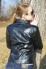 Shiny jacket and boots (sexyrainwear_dot_online) Tags: vinyl pvc latex leather lack leder boots overkneeboots overknees lackundleder lackleder lackmantel vinylcoat vinyljacket vinylskirt pvcskirt lackjacke lackstiefel