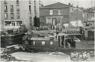Paris Péniche Café de la Marine Banlieue 1962