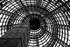 The Web (tinmarmade) Tags: melbourne travel voyage australia australie black blanc noir white geometric architrecture fujifilm fujifilmxt2 web cercle circle line contaste contrast