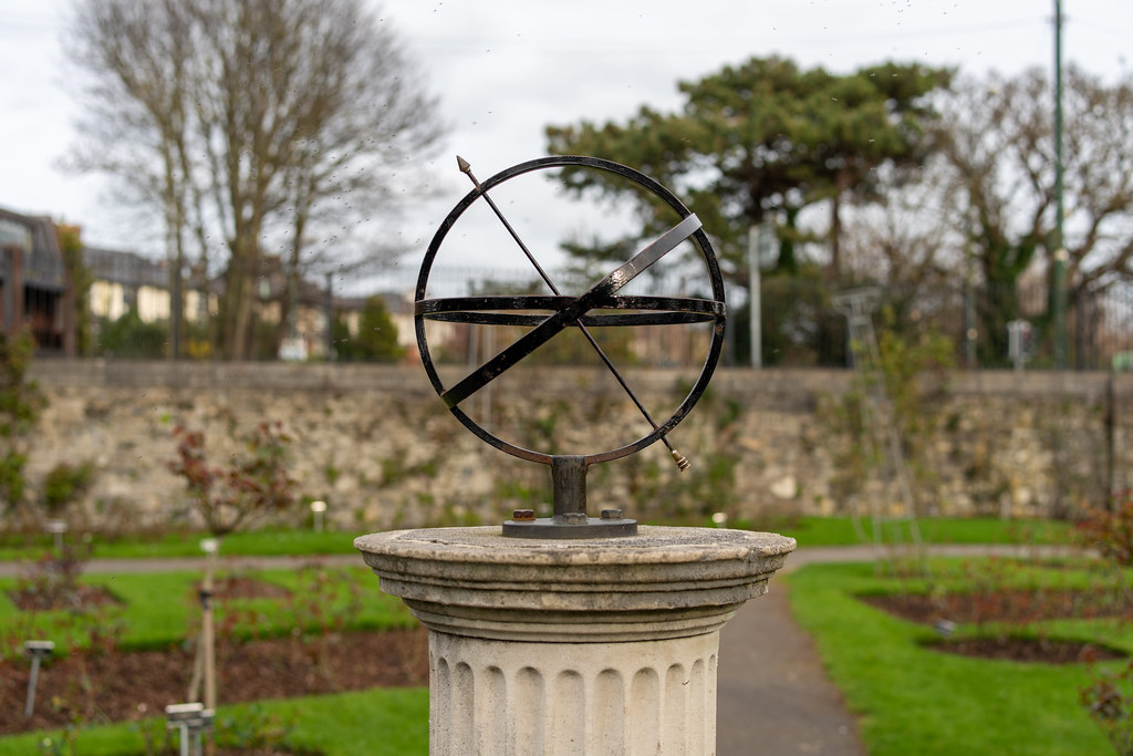 THE BOTANIC GARDENS IN GLASNEVIN DUBLIN [ TODAY I USED A VOIGTLANDER 40mm F1.2 LENS]-150628