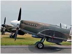 Supermarine Spitfire PR.XIX (F-AZJS) & Hawker Hurricane Mk IIa (F-AZXR) (Aerofossile2012) Tags: supermarine spitfire prxix fazjs avion aircraft aviation meeting airshow laferté 2017 hawker hurricane fazxr