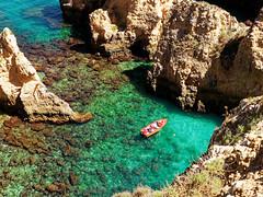 Lagos Portugal (orciel95) Tags: lagos algarve portugal océan mer sea eau water falaise rocher stone colors green blue vert bleue