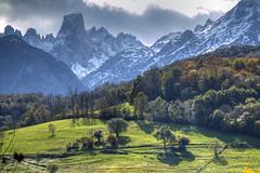 Asturian Patagonia (hapulcu) Tags: picosdeeuropa cantabria espagne espanha espanya españa herbst hiszpania spagna spain spania spanien spanje spanjë automne autumn autunno otoño toamna španija asturias
