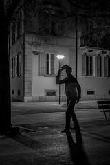 Bonsoir monsieur! (Lawrencexx79) Tags: statue art neuchâtel switzerland nuit night light lumière hello bonjour bnw bw monochrome black white noir et blanc man homme