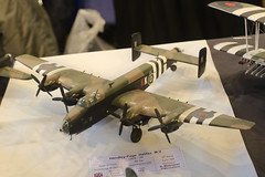 Handley Page Halifax - 1/72 - Revell (CHRISTOPHE CHAMPAGNE) Tags: 2019 belgique exposition maquette roselie fele maquettisme handley page halifax 172 revell