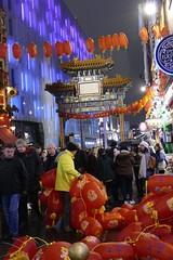 中国农历新年快乐 (Englepip) Tags: 中国农历新年快乐 happychinesenewyear lanterns red gate london busy street