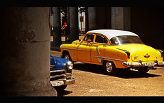 Yellow one (La Habana) (Harry Szpilmann) Tags: classic vintage yellow car lahabana cuba streetphotography