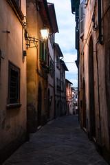 Borghi D'italia (thomas.amicabile) Tags: italia italy vie vicoli vicolo colori città strada street strade paesaggio paesaggistica paesaggi tramonto sera