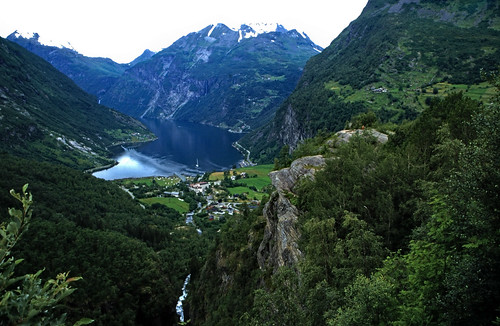 "Norwegen 1998 (316) Geirangervegen • <a style=""font-size:0.8em;"" href=""http://www.flickr.com/photos/69570948@N04/46489962815/"" target=""_blank"">View on Flickr</a>"