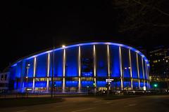 Scandinavium (Rudi Pauwels) Tags: 2019onephotoeachday 52in2019challenge goteborg gothenburg scandinavium skanegatan evening blues blue theblues handheld iso800 longexposure