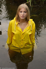 Yellow sin (87 pics) (sexyrainwear_dot_online) Tags: raincoat rainjacket rainmac rainwear raingear regenmantel regenjacke regnjakke regnjacka sadetakki ciré cire imper imperméable impermeable chubasquero capadechuva レインコート 비옷 regntøj rubberboots rainboots gummistiefel wellies