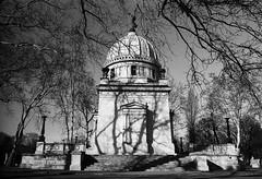 Керепеши (Natasha Buzina) Tags: kerepesi cemetery budapest mausoleum film bw blackandwhite olympusom пленка будапешт керепеши