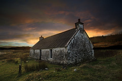 end of days (SkyeBaggie) Tags: greshornish isleofskyescotland isleofskye skye scotland cottage hebrides sunset highland canon zeiss