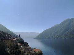 (Paolo Cozzarizza) Tags: italia lombardia como nesso panorama acqua riflesso alberi