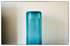 Vase (Hans Heemsbergen) Tags: hansheemsbergen vaas vase nikond7000 tamronspaf90mmf28dimacro minimalisme