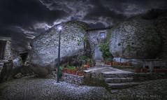 House between rocks. Casa entre rocas (Xálima Miriel) Tags: portugal rocas housebetweenrocks house between rocks nikon aldea edadmedia templario antiguo granito monsantoportugal monsanto