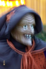Witch Sighting around Stevens Point, WI 10/27/2014 5:45PM (Craig Walkowicz) Tags: witch enchantress sorceress woman old elderly scary creepy fright halloween decoration ccw