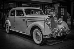 MERCEDES 170S - b&w (Peters HDR hobby pictures) Tags: petershdrstudio hdr classiccar car mercedesbenz blackwhite wheels oldtimer klassiker auto pkw classicremise weisswandräder schwarzweis