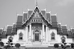 L1002854-2 (nae2409) Tags: temple thailand architecture leica 50mm
