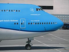 KLM 747-406 PH-BFN (kenjet) Tags: boeing sf sfo ksfo sanfranciscointernationalairport blue kl klm klmroyaldutch klmroyaldutchairlines airport sanfrancisco 744 747 747400 747406 phbfn cityofnairobi nose plane jet flugzeug airline airliner aviation transportation queenoftheskies