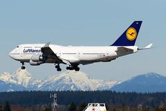 CYVR - Lufthansa B747-400 D-ABVT (CKwok Photography) Tags: yvr cyvr lufthansa b747 dabvt