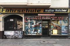 Fahrschule Walter Kalcher (Monsieur Adrien) Tags: laden ladenschild leuchtreklame schaufenster storefront storesign typo typografie typography retrosign shopwindow berlin kreuzberg fahrschule