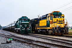 The 30s (BravoDelta1999) Tags: greenvilleandwestern grlw railroad piedmontandnorthern pn railway southcarolinadivision belton southcarolina emd gp30 4204 4203 manifest train