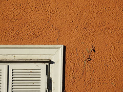 La Bolzano della nostra solitudine (The Shy Photographer (Timido)) Tags: italia italy altoadige sudtirolo southtyrol bolzano bozen shyish