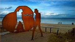 Udo Lindenberg Sculpture at the Baltic sea (Ostseeleuchte) Tags: udolindenberg stahldenkmal timmendorferstrand ostsee altrocker panikrocker statue blechudo horizont