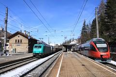 Lokomotion 185 576 en 189 917 te Steinach (vos.nathan) Tags: obb österreichische bundesbahnen steinach am brenner traxx talent 4024 025 lokomotion 185 576 189 917 br baureihe