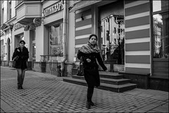 DR150412_0221M (dmitryzhkov) Tags: urban outdoor life human social public photojournalism street dmitryryzhkov moscow russia streetphotography people bw blackandwhite monochrome everyday candid stranger