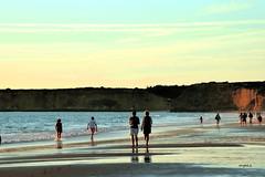 Casi verano... (ZAP.M) Tags: playa cielo mar nubes arena reflejos conil cádiz andalucía españa flickr zapm mpazdelcerro nikon nikond5300