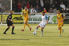 SUT_4918 (ollieGWK) Tags: sports football soccer sutton united v vs havent waterlooville league