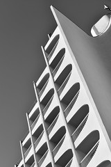 basse frequence 2 (fred9210) Tags: architecture renversement monochrom graphism rythm france city building sky sud concrete cadence