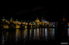 Prague - 2017 - 21 (Quentin CUVELIER) Tags: ifttt 500px street bridge cz cze czech republic europe moldau night scene nuit pont charles prague praha république tchèque staré msto vltava gothic tower arch cityscape city river architecture 10000000 10001000 10001003 continentsetpays czechrepublic jeux nightscene pontcharles républiquetchèque staréměsto sujets viequotidienneetloisirs game lifestyleandleisure