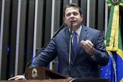 Plenário do Senado (Senado Federal) Tags: bandeiranacional plenário senadorreguffesempartidodf sessãonãodeliberativa brasília df brasil bra