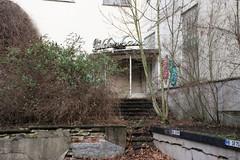 Güldenhaus (Schwanzus_Longus) Tags: bremen hohentor german germany old classic vintage company sign schnaps distillery güldenhaus abandoned urban exploration urbex office entrance building