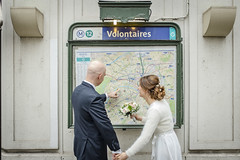Volunteers (Éole) Tags: wedding paris metro love couple vollontaires map france europe groom bride