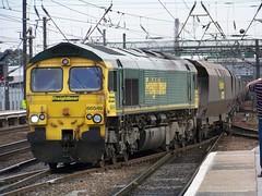 Freightliner 66549 (TC60054) Tags: freightliner class 66 emd train locomotive 549 freight rail railway doncaster ecml east coast mainline