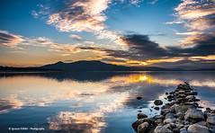 Sunset (Ignacio Ferre) Tags: embalsedesantillana santillanareservoir embalse reservoir lago lake agua water sunset puestadesol nubes clouds manzanareselreal madrid españa spain paisaje landscape naturaleza nature nikon
