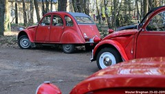 Citroën 2CV (XBXG) Tags: citroën 2cv citroën2cv 2pk eend geit deuche deudeuche 2cv6 red rood rouge winterhoesmeeting 2019 huppel lupinestraat hechteleksel hechtel eksel limburg vlaanderen belgië belgique belgium vintage old classic french car auto automobile voiture ancienne française france vehicle outdoor