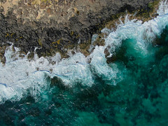 Flying over the beautiful turquoise waters of Bawley Point (GTK-gigapix) Tags: australia bawleypoint drone nsw newsouthwales au coast aerial waves water beach ocean aqua turquoise