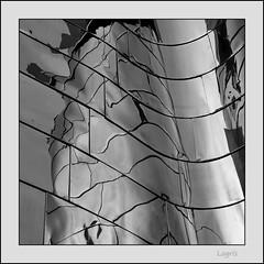 Chrome house (Logris) Tags: gehry architektur architecture sw bw metal metall aluminium fassade facade building gebäude haus house abstrakt abstract dus düsseldorf dusseldorf