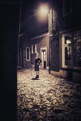 Film Noir XXXIV (Passie13(Ines van Megen-Thijssen)) Tags: kiki filmnoir portrait portret woman dark night nightscape weert netherlands canon sigma35mmart inesvanmegen inesvanmegenthijssen