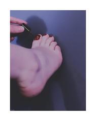 Red (Photography Christophe.H) Tags: feet barefeet fetish foot barefoot art artist artiste ashi reflex toe talon füse orteil pieds piedi pies piedsnus sexy girls women femme canon nails ноги vernis varnish 50mm